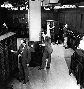 ENIAC (Electronic Integrator And Computer)